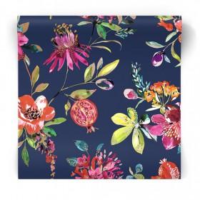 Granatowa tapeta w egzotyczne kwiaty 90431