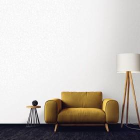 Błyszcząca tapeta w srebrne wzory do salonu