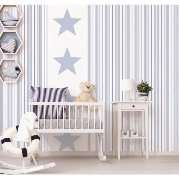 Aranżacje tapety niebieskie gwiazdki i pasy w pokoju dziecięcym