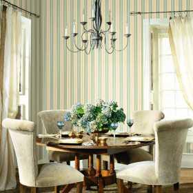 Tapeta w klasyczne pasy do jadalni w ornament Glamour