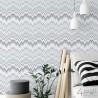 Fioletowa tapeta w zygzak geometryczna do salonu - aranżacje