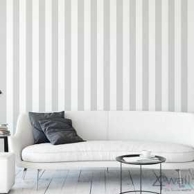 Szaro białe pasy tapeta do salonu aranżacje