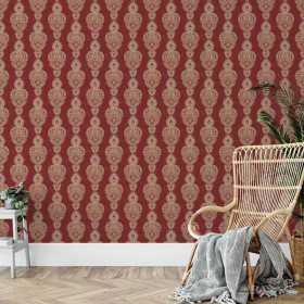 Czerwona tapeta z wzorem orientalnym