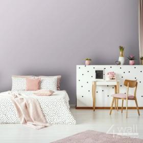 Blado różowa tapeta ścienna o gładkiej strukturze w kolorze pudrowego różu do pokoju dziewczynki i nastolatki